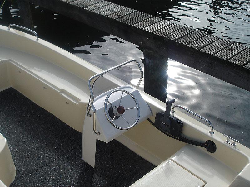 Angeblboot 4,80 mit Steuerstand